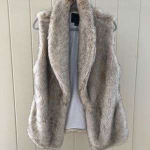 Sanctuary Faux Fur Vest - size L